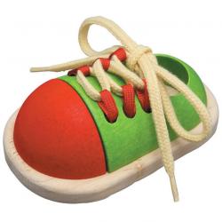 Ata el zapato. Tie-up shoe