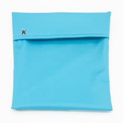 Bolso portabocadillos, color celeste. IMASKKI